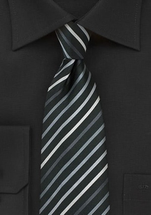 Sort slips med sølv-grå striber
