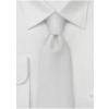 Hvidt silkeslips med mønster