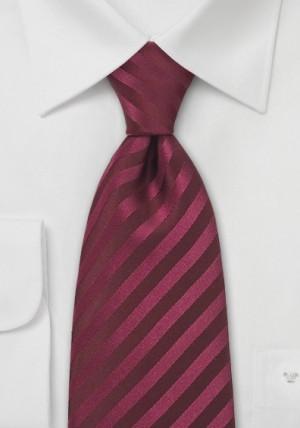 Silkeslips i bordeaux rødt med striber