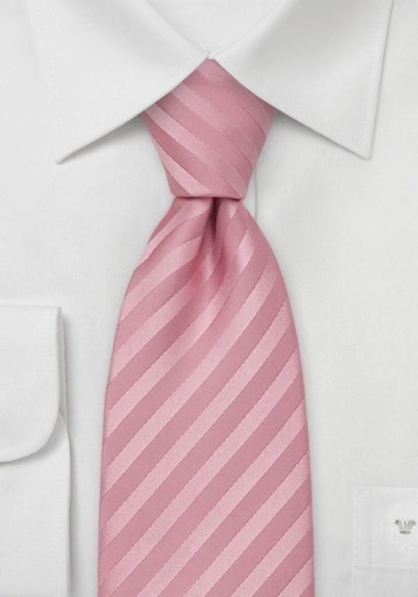 Silkeslips i lyseroede nuancer, stribet