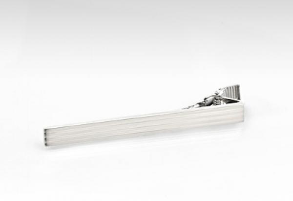 Stribet slipsenål i rustfrit stål - sølvfarvet