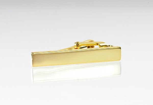 Slipsenål i skinnende guld farve